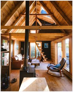 38 affordable diy tiny house remodel ideas to copy right now 3 ~ kliksaya. Tiny House Cabin, Tiny House Living, Cabin Homes, Small House Plans, Tiny Houses, Tiny Cabins, Log Cabins, Living Room, A Frame Cabin
