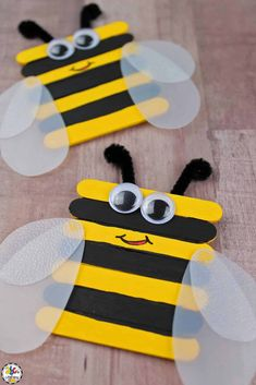 This Craft Stick Bumble Bee Craft for kids is all the BUZZ!  Your kids are sure to love creating this popsicle stick craft to celebrate the beginning of Spring. It's a great way for young children to work on their fine motor skills and perfect addition to your bee units. Click on the picture to learn how to make this adorable bee craft for kids! #craftsforkids #beecraft #craftstickcraft #popsiclestickcraft #springcraft