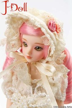 Amazon.com: J-Doll: Koningslign Collectible Fashion Doll: Toys & Games