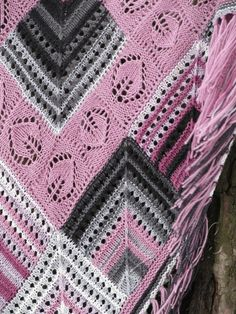 """Patches"" rhodonite (knitted shawl, wrap, knitting lace, entrelac, modular shapes, grannie squares, knitting patchwork)"