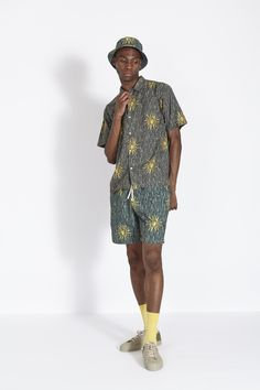 Mens designer clothes combining modern fits with old style construction. Universal work's passion is found in every characteristic piece Universal Works, Designer Clothes For Men, Runway, Hipster, Clothing, Style, Fashion, Mens Designer Clothing, Cat Walk
