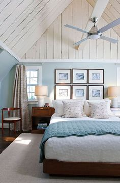 Lovely blue and white beach cottage bedroom. #home #decor