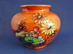 Royal Winton 'Daisies' Orange Lustre Vase c1935