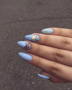 Semi-permanent varnish, false nails, patches: which manicure to choose? - My Nails Summer Acrylic Nails, Cute Acrylic Nails, Cat Nails, Manicure E Pedicure, Dream Nails, Rhinestone Nails, Stylish Nails, Winter Nails, Beauty Nails