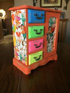 $89. Shabby Chic, Upcycled, Vintage, Orange, Distressed, Hand Painted, Decoupaged, Clowns Diy Storage, Diy Organization, Organizing, Jewelry Box Makeover, Painted Jewelry Boxes, Painted Furniture, Furniture Redo, Furniture Ideas, Komodo