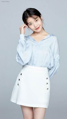 """IU """"My Mister"""" Japanese Interview Korean Women, Korean Girl, Asian Girl, Iu Fashion, Korean Fashion, Fashion Outfits, Iu Short Hair, Secretary Outfits, Girl Photo Poses"""