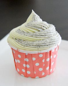 Black glutinous rice cupcakes with coconut milk frosting (wheat free) Cafe would love to have these! Baking Cupcakes, Cupcake Recipes, Dessert Recipes, Gf Recipes, Cupcake Bakery, Cupcake Wars, Coconut Milk Frosting, Buttercream Frosting, Coconut Buttercream