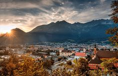 Herbstabend in Innsbruck Innsbruck, All Pictures, Land Scape, Austria, Mount Everest, Dolores Park, Mountains, Places, Travel