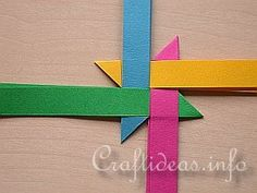 Moravian Star Tutorial - I love these as monotone or pure white but this is the easiest way to learn how to make them before trying to craft them in a single color.