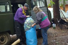 """Наша экологическая миссия """"Чистый лес - чистый берег"""". Вывоз мусора командой кемпинга """"Серебряное озеро"""". Адрес активного отдыха: #naseliger"""