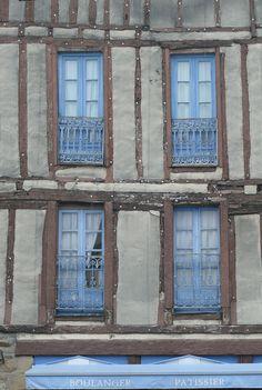 Fensterfront in Vannes (Bretagne) de Hans-Peter R.