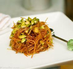 Sweet pasta (Sh'ariyeh be-sukkar)