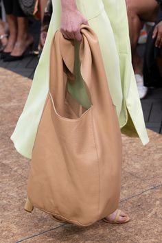 Stylish Trendy Handbags Ideas for 2020 Spring Handbags, Big Handbags, Trending Handbags, Oversized Handbags, Metallic Handbags, Shopper Bag, New Blue, Casual Bags, Hobo Bag