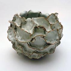 Ceramic Pots, Ceramic Flowers, Ceramic Decor, Purple Bowls, Beginner Pottery, Organic Ceramics, Organic Candles, Ceramic Texture, Big Vases