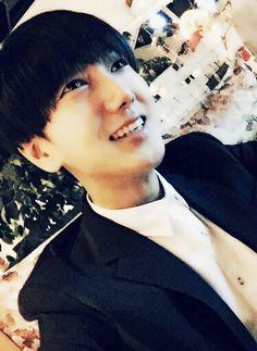 Yesung happy