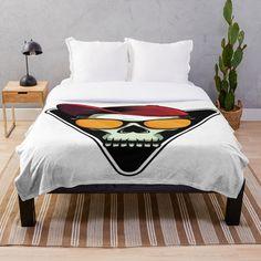 Loose Fit, Vintage T-shirts, Designs, Comforters, Blanket, Comics, Bed, Furniture, Home Decor