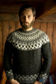 Skipper Pullover - Black.  Hand-knit in Iceland.