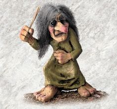 You don't want to mess with this grumpy, old troll troll mama!