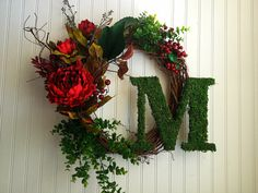 Personalized wreath moss letter. monogram от YourHandmadeWreath