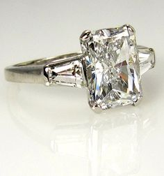 Reserved...3.09ct Estate RADIANT Cut Diamond Engagement Ring EGL USA  in Platinum with Baguettes