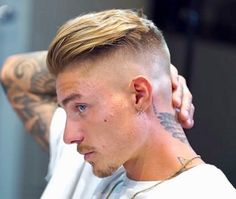 Young Mens Hairstyles, Trending Hairstyles For Men, Stylish Mens Haircuts, Latest Hairstyles, Haircuts For Men, Hair And Beard Styles, Short Hair Styles, Hair Cut Guide, Mohawk For Men