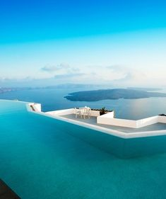 Amazing outdoor swimming pools: Grace Hotel, Santorini We love hotels! Also see http://www.falkensteiner.com