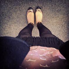 """//Outfit of the day - """"Sexy Seventies""""  Leggings: Kunert, Bluse: Zara, Weste: Haileys, Rock: Vero Moda, Ballerinas: Zara  xoxo loo"""