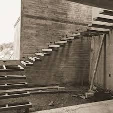 Resultado de imagen de escalera volada