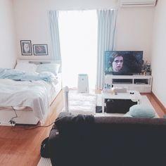Adorable 65 Best Studio Apartment Decorating Ideas https://roomadness.com/2018/01/30/65-best-studio-apartment-decorating-ideas/