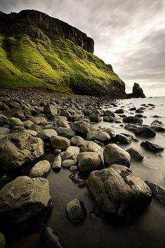 Scotland - Talisker Bay (Isle of Skye)   Flickr - Photo Sharing!