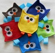 I need to make these!!!! Crinkle taggy toy. Awesome collection of DIY baby stuff. {Sewing for Babies board}
