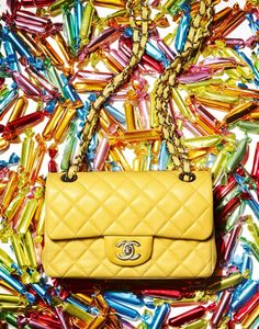 Best Women's Handbags & Bags : Chanel available at Luxury & Vintage Madrid, the world's best selection of contemporary and vintage bags, discover our new arrival ! Burberry Handbags, Chanel Handbags, Burberry Bags, Chanel Bags, Cheap Burberry, Chanel Chanel, Women's Handbags, Handbags Online, Leather Handbags