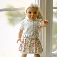 Make this adorable doll's sweater vest. Free pattern!