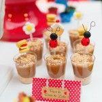 Pavê de doce de leite com joaninhas decorando para festa do picnic
