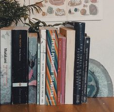 Aesthetic Room Decor, Book Aesthetic, Aesthetic Images, Retro Aesthetic, I Love Books, Good Books, Books To Read, Book Study, Teen Life
