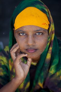 Portrait Of Cute Black Veiled Teenage Girl Wearing Qasil On Her Face Berbera Somaliland Date Shot: Caption: Location: Berbera, Somaliland Photographer: Eric Lafforgue / Invision / Aurora Photos Black Is Beautiful, Beautiful Eyes, Beautiful World, Beautiful People, We Are The World, People Around The World, Amédéo Modigliani, Eric Lafforgue, Beauty Around The World