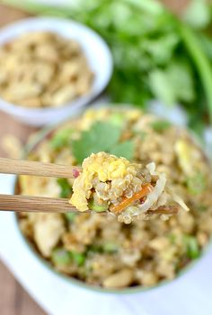 Thai Peanut Chicken Quinoa Bowls