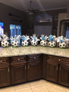 Sports Banquet Centerpieces, Banquet Decorations, Birthday Party Centerpieces, Soccer Birthday Cakes, Soccer Cake, Soccer Gifts, Soccer Birthday Parties, Soccer Party, Soccer Baby Showers