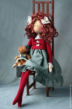 Handmade Doll http://cs1.livemaster.ru/foto/400/1e718430581-kukly-igrushki-devochka-s-mishkoj-n5512.jpg