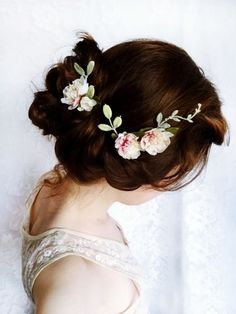 I'd like to do something like this for my hair. I definitely want flowers, but not a whole flower crown.