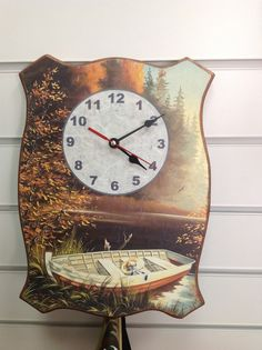 "Часы""Лодка на речке"".Декупаж.Ручная работа."