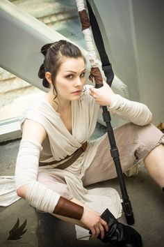 Rey from Star Wars: The Force Awakens Cosplay http://geekxgirls.com/article.php?ID=7019
