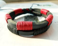 Christmas Popular Trend Fashion Red and Black Cotton cords Multilayer Leather cuff Adjustable Wrap Bracelet M-56