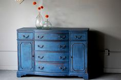 buffet--great blue color