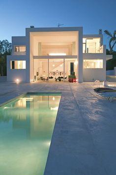 Fotografía, casa - Ibiza is the location for the 2016 girls getaway Amazing Architecture, Modern Architecture, Future House, My House, Menorca, Luxury Beauty, Luxury Villa, Modern House Design, My Dream Home