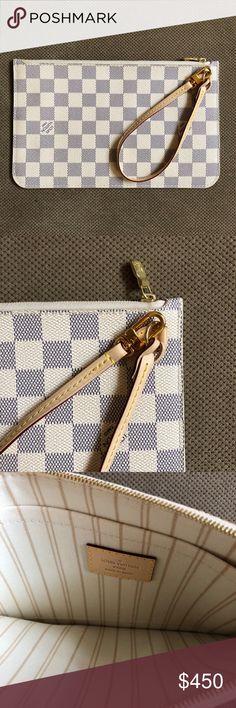 Louis Vuitton Daniel Azur Pouchette NEVER USED BEFORE  perfect condition 100% authentic Louis Vuitton Bags Clutches & Wristlets