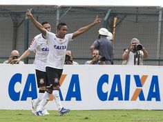 Sport Club Corinthians Paulista - Jorge Henrique scores!