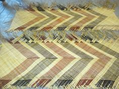 These are the whaariki (mats) that some of our whanau made, which we use at our marae for special occasions - made from harakeke (flax) Maori Patterns, Flax Weaving, Maori Designs, Nz Art, Maori Art, Weaving Patterns, Crafts To Make, Artwork, Artist