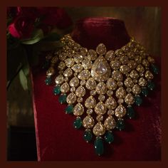 Heritage bridal necklace crafted in gold with uncut diamonds and emeralds from the Sabyasachi Heritage Jewelry collection. Wedding Jewellery Designs, Indian Wedding Jewelry, Gold Jewellery Design, Gold Jewelry, Bridal Necklace, Bridal Jewelry, Uncut Diamond, India Jewelry, Sabyasachi