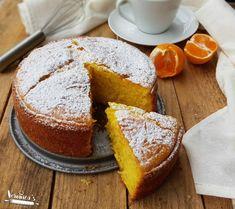 TORTA AI MANDARINI FRULLATI Biscotti, Bakery Recipes, Cooking Recipes, Nutella, Clementine Cake, Light Cakes, Torte Cake, Italian Desserts, Sweet Cakes